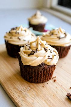 fudge brownie cupcakes with peanut butter frosting. - Sallys Baking Addiction