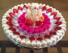 Floating/display show piece for table with Ganpati idol . Diya Decoration Ideas, Diy Diwali Decorations, Decoration For Ganpati, Festival Decorations, Decor Ideas, Cd Crafts, Hobbies And Crafts, Diy And Crafts, Diwali Diya