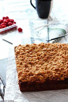 New York-Style Raspberry Crumb Cake Cupcake Recipes, Baking Recipes, Cupcake Cakes, Dessert Recipes, Cupcakes, Just Desserts, Delicious Desserts, Puff And Pie, Breakfast Bake