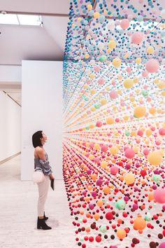 Kinetic art installation ☆ installations in 2019 illusion art, sculpture ar Illusion Kunst, Illusion Art, Land Art, Modern Art, Contemporary Art, Instalation Art, Inspiration Artistique, Tout Rose, Design Digital