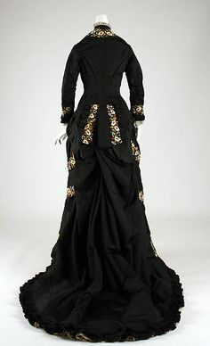 Dinner dress Mon. Vignon (French) Date: 1878–79 Culture: French Medium: silk, cotton