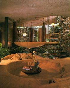 Bavinger House, Bruce Goff, Norman photo by Julius Shulman vintage living room conversation pit Futuristic Architecture, Architecture Design, Organic Architecture, Retro Interior Design, 1980s Interior, Interior Decorating Styles, Interior Colors, 70s Home Decor, 1970s Decor