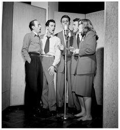 Dave Lambert, Jerry Duane, Wayne Howard, Jerry Packer, and Margaret Dale, New York, N.Y., ca. Jan. 1947 Photo William P.Gottlieb | Jazz In PhOto