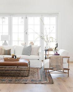 Modern Luxury Home Decor Home Living Room, Living Room Designs, Living Room Decor, Bedroom Decor, White Couch Living Room, Danish Living Room, Living Room Ideas, Living Room Furniture, Scandinavian Interior Living Room