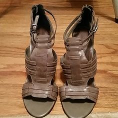 Heels Tan heels Giani Bernini Shoes Heels