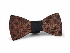 EXALLO | Handcrafted Wooden Bow Tie Romeo in Bubinga Wood.