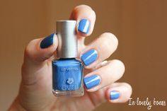 Vernis à ongles Bleu Azur pailleté N°73 #Avril #nails #nailpolish #bleu #blue #irise #nacre #pearly #7free #madeinfrance #maquillage #makeup #vernis #ongleshttp://www.avril-beaute.fr/ongles/365-vernis-bleu-azur-n73-3662217003037.html