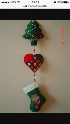 Christmas Stocking Template, Quilted Christmas Ornaments, Christmas Tree Crafts, Handmade Christmas Decorations, Plastic Canvas Christmas, Felt Ornaments, Xmas Decorations, Christmas Stockings, Holiday Decor