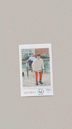 Bts Polaroid, Polaroid Photos, K Pop, Wallpaper Minimalista, V Bts Wallpaper, Artsy Photos, Bts Backgrounds, Instagram Frame, Bts Aesthetic Pictures