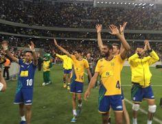 Brasil vence amistoso em estádio de futebol em 1º jogo após ouro no vôlei