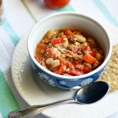 A delicious and healthy chili recipe for autumn! Gluten free and dairy free.