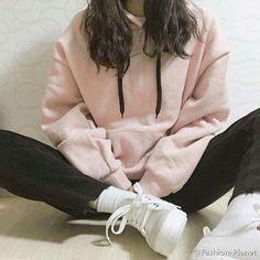 Korean fashion styles 790452172079069298 - Trendy fashion korean hoodie style ideas Source by Edgy Teen Fashion, Korean Girl Fashion, Korean Fashion Trends, Ulzzang Fashion, Korean Street Fashion, Korea Fashion, Cute Fashion, Look Fashion, Fashion Outfits