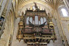 http://guias-viajar.com/ Organo de la Catedral Nueva de Plasencia en Extremadura