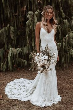 Everything you need to know about Grace Loves Lace wedding dresses. Find out who stocks new and secondhand Grace Loves Lace wedding dresses. Lace Mermaid Wedding Dress, Bohemian Wedding Dresses, Dream Wedding Dresses, Bridal Dresses, Lace Weddings, Gown Wedding, Dress Lace, Fitted Lace Wedding Dress, Wedding Rings