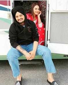 Punjabi Famous Star Sidhu Moose wala Upcoming Movie Yes I Am Student Release Date Punjabi Wedding Couple, Punjabi Couple, Wedding Couples, Punjabi Men, Punjabi Girls, Famous Models, Famous Celebrities, Couple Photography Poses, Wedding Photography