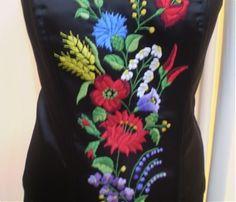 Fűzők kézi hímzéssel Hand Embroidery, Lady, Womens Fashion, Dresses, Style, Hungarian Embroidery, Gowns, Women's Fashion, Dress
