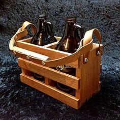 Bonita caja para llevar las cervezas  Beer Crates #craftbeer #cervezaemocional