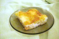 Talianska štrúdľa - recept Cornbread, Food And Drink, Ale, Cheese, Ethnic Recipes, Desserts, Decor, Basket, Millet Bread