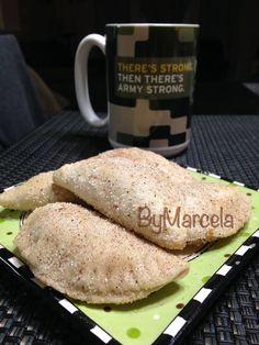 Empanadas de Cajeta con Nuez Por: Marcela De Stefano INGREDIENTES: 1 kilo de harina (yo use Gold medal) 1/2 Kilo de manteca ( yo use crisco) 1 Cerveza ( yo use miller) 1 y 1/2 lata de dulce de leche ( la lechera) Aprox 1/2 taza de nuez ( es al gusto) Canela entera molida (al ...
