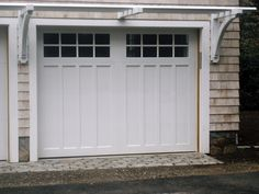 Garage door with trellis