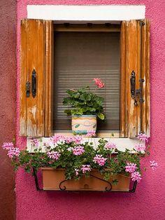 18 ideas de colores para el alféizar de la ventana