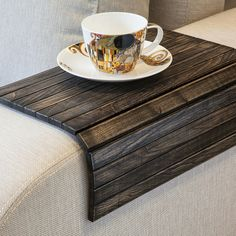 Liplap Black Coffee Tables, Small Coffee Table, Rustic Coffee Tables, Coffee Table Tray, Coffee Table Ottoman Diy, Tray Tables, Rustic Sofa, Table Lamps, Woodworking