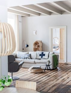 pinned by barefootstyling.com  A BEAUTIFUL RENOVATED FARMHOUSE IN THE NETHERLANDS - style-files.com