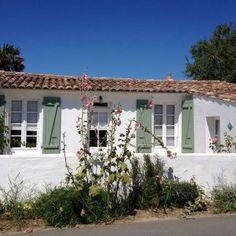 House at Les Portes en Ré, Ile de Ré, France VIA From the Poolside, blog on boutique hotels and stylish rentals for family holidays Ile de Re