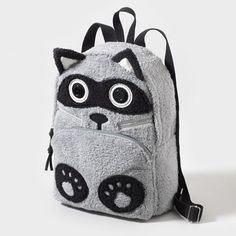Keep this cute & cuddly Raccoon-tastic Backpack close when going #backtoschool I HAVE THIS!(;