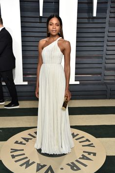 Naomie Harris in Calvin Klein by Appointment attends the 2017 Vanity Fair Oscar Party.