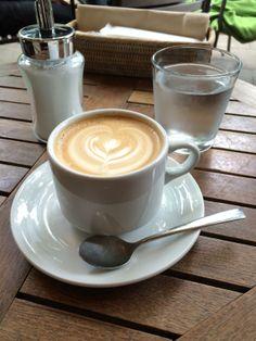 カフェのひと時