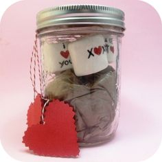 hot chocolate in a jar with chocolate messages!