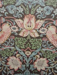 Strawberry Thief Chocolate/Slate, William Morris wallpaper