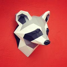 You can make your own raccoon head for wall decoration! Printable DIY template (PDF) contains 6 pages. Use 160-240 g/m2 colored paper. Sizes of