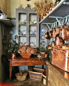 Instagram French Country Kitchens, French Country Cottage, Country Farmhouse Decor, French Country Style, Farmhouse Kitchens, French Farmhouse, English Country Decor, Urban Farmhouse, Country Blue