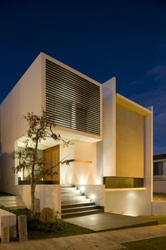 Casas - Houses - HG House, minimalist / basic architecture of Mexican architect Ricardo Agraz. Architecture Design, Minimalist Architecture, Residential Architecture, Contemporary Architecture, Building Architecture, Design Exterior, Facade Design, Facade House, Modern House Design