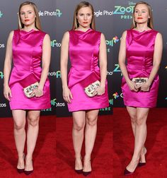 Kristen Bell in pink sleeveless frock by Roland Mouret