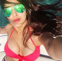 Actress sonarika bhadoria latest sexy hot bikini pics, sonarika bhadoria hot bikini images in Indonesia, Sonarika Bhadoria latest Instagram Bikini Photos, …
