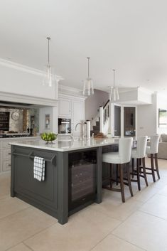 Classic Contemporary Kitchen Crouch End Humphrey Munson Kitchens Contemporary Kitchen Classic Contemporary Crouch Humphrey Kitchen kitchens Munson Open Plan Kitchen Living Room, Home Decor Kitchen, Kitchen Interior, New Kitchen, Kitchen Ideas, Rustic Kitchen, Kitchen Hacks, Miele Kitchen, Coastal Interior