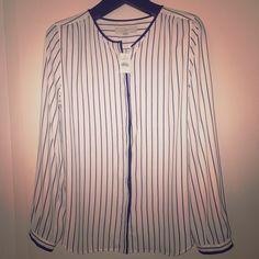 Never worn Loft blouse! Loose fitting Loft blouse! LOFT Tops Blouses