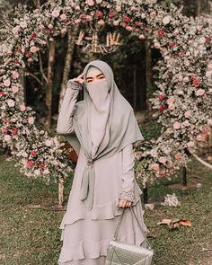 Moslem Fashion, Niqab Fashion, Muslim Hijab, Muslim Dress, Muslim Girls, Muslim Women, Bridal Hijab, Islamic Girl, Hijabi Girl