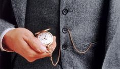 Not So Into the Apple Watch? Here's How to Buy A Vintage Timepiece