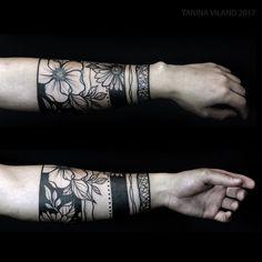 For Higor from SP⚫️ Curitiba/Brazil #yaninaviland #estudiogaleriateix #intenzefamily #tattrx #btattooing #blackwork #blacktattooart #blackworkers #equilattera #inkedmag #tattoo2me #tattooistartmag #blackworkbrasil #LadyTattooers