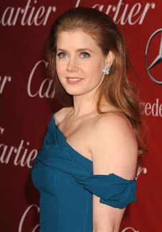 Amy Adams. That's the blue, honeys! Find that blue! autumn earth