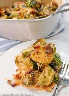 Creamy and Savory? This Baked Brussel Sprouts Casserole has it! This casserole is the perfect side dish for the keto/low carb diet. This Baked Brussel Sprouts Casserole is the perfect blend of creamy and savory all rolled into one amazing recipe. Brussel Sprout Casserole, Baked Brussel Sprouts, Brussels Sprouts, Low Carb Recipes, Cooking Recipes, Healthy Recipes, Cheap Recipes, Diabetic Recipes, Cooking Tips