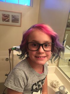Curled it up a bit 💜 Kids Hair Color, Pink Ombre Hair, Coloring For Kids, Trendy Hairstyles, Curls, Fashion, Moda, Trendy Haircuts, Coloring Pages For Kids