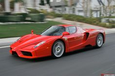 Exclusive Ferrari Enzo road test and Ferrari Enzo Review. Ian Kuah took the Ferrari Enzo out for a drive in California and shares his thoughts at GTspirit.