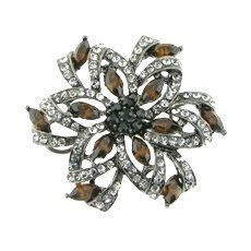 Smoky Crystals Rhinestones White Gold by FancyGemsandFindings, $25.00 Crystal Rhinestone, Rhinestones, Retro Vintage, White Gold, Unique Jewelry, Handmade Gifts, Crystals, Rings, Flowers