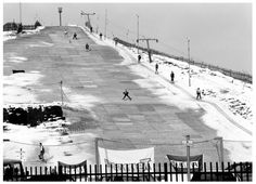 Newham, Skiing on Beckton Alps, 1991 East End London, Old London, Newham, London Boroughs, London History, Ski Slopes, The Old Days, London Street, Beautiful Buildings