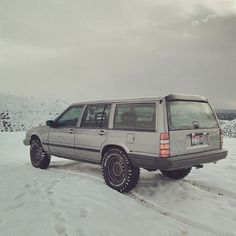 Lifted Volvo 740 wagon